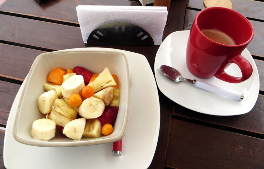 fruit salad breakfast healthy by their fruits